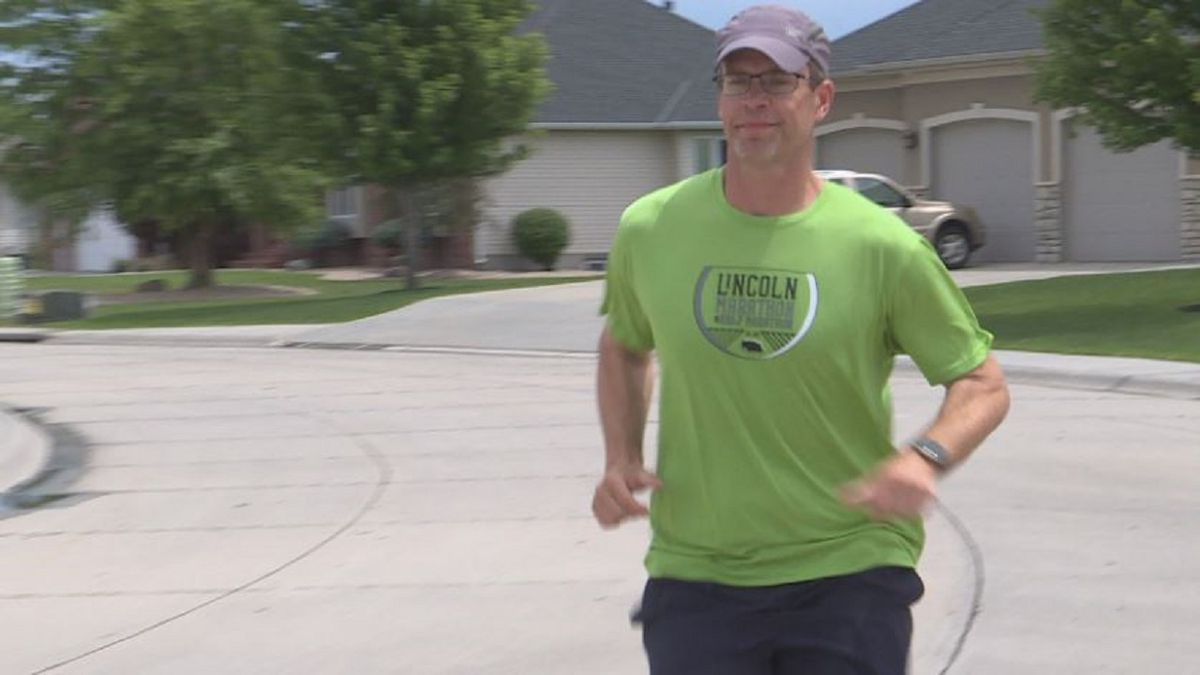 Doug Kosmicki trains for the NYC Marathon to raise awareness for Type 1 diabetes. (KSNB)
