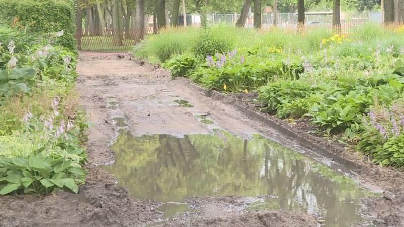 Stolley Park garden.