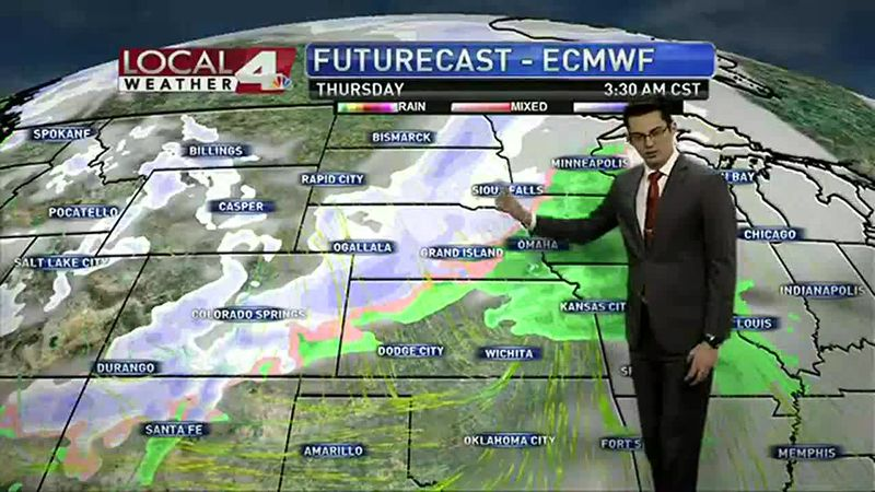 We could see a couple of snow systems in the week ahead, but we'll still have some warm temps...