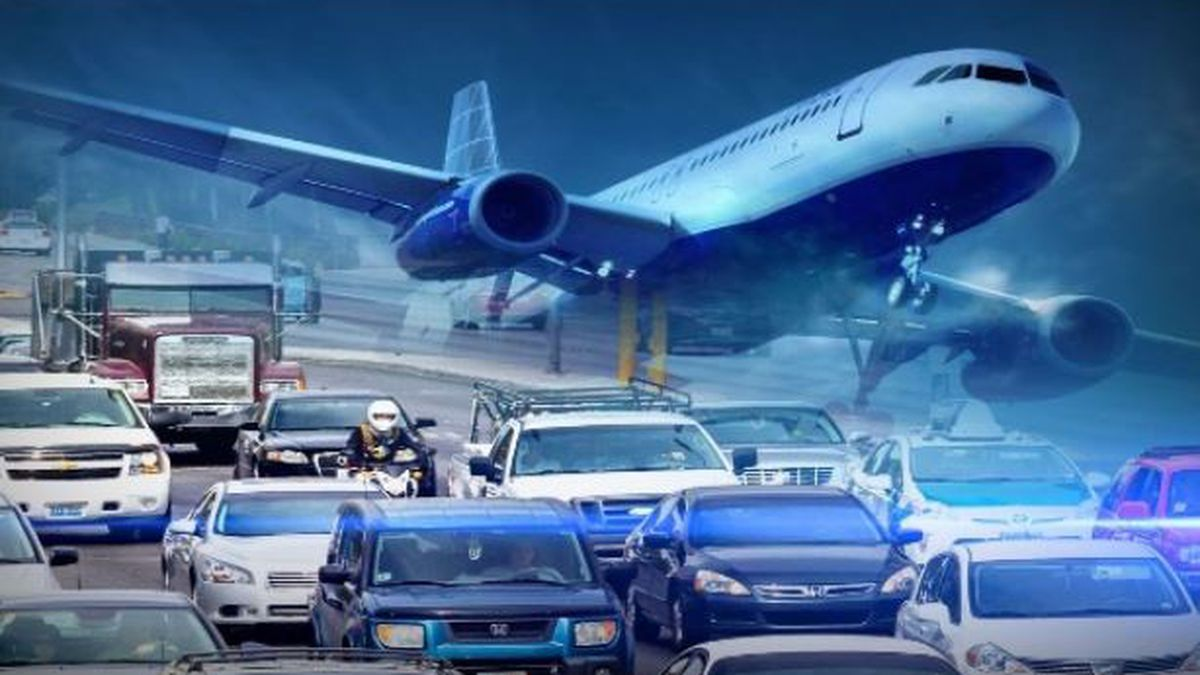 People traveling from Missouri, Wisconsin, Nebraska and North Dakota to Chicago will have to quarantine for two weeks upon arrival or face possible fines starting Friday.
