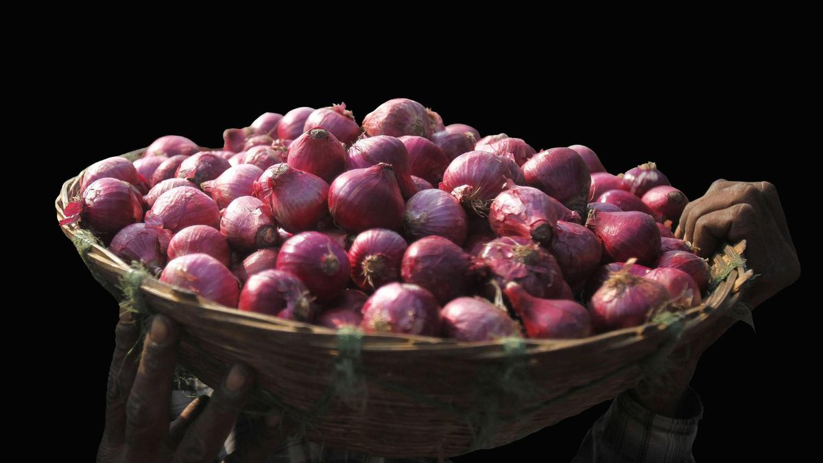 The Food and Drug Administration has linked red onions to a multi-state outbreak of salmonella.