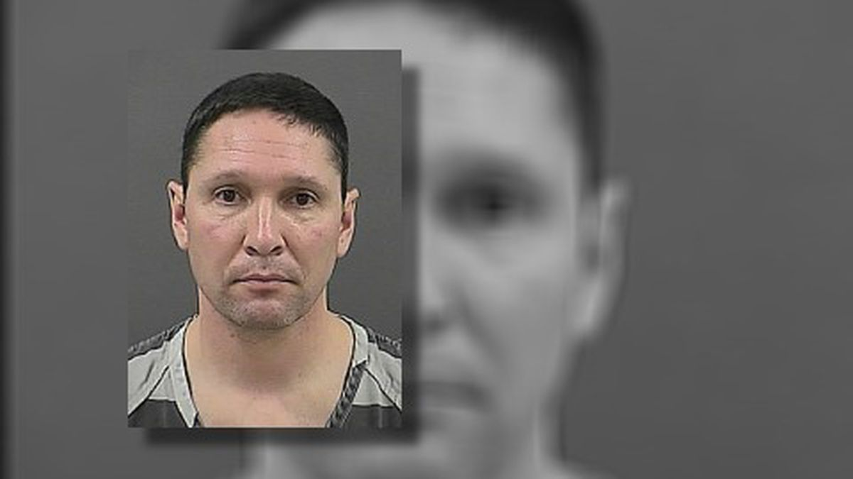 Mario Chavez is accused of trying to kill his wife on the day of his divorce hearing.