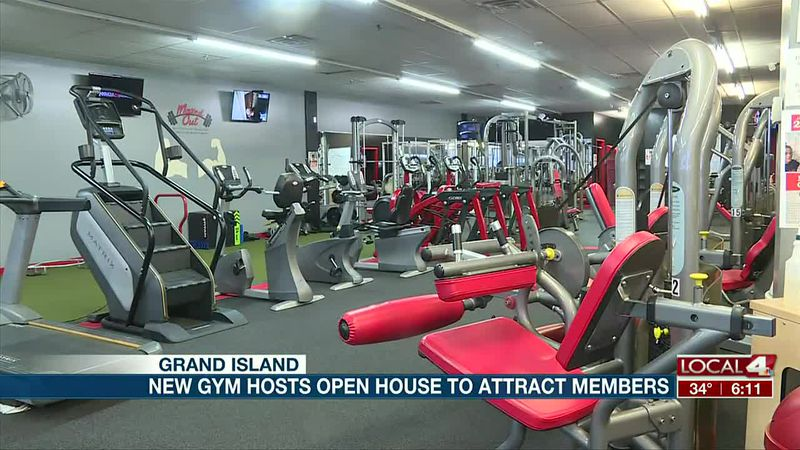 New gym hosts open house to attract new members