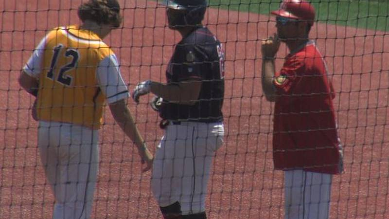 Chiefs defeat Sox in doubleheader
