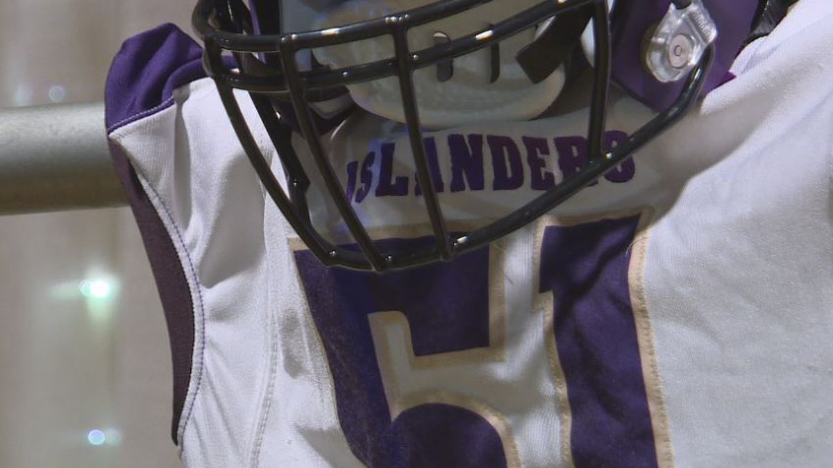 Former Grand Island Senior High football players, coaches, and contributors are inducted into the Islander Hall of Fame. (KSNB)