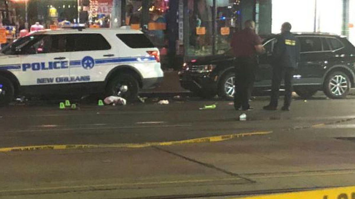 10 people were shot early Sunday morning (Dec. 1) in the 700 block of Canal Street leaving two victims in critical condition. (Source: Rilwan Balogun)