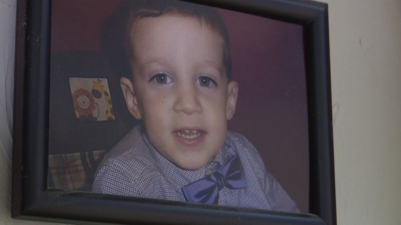 Lincoln family raising money to get their son with fetal alcohol syndrome a service dog.