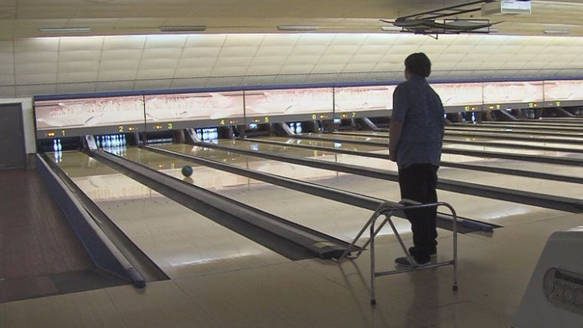 Unified Bowling team member warms up for Grand Island meet. (Credit: Alicia Naspretto, KSNB)