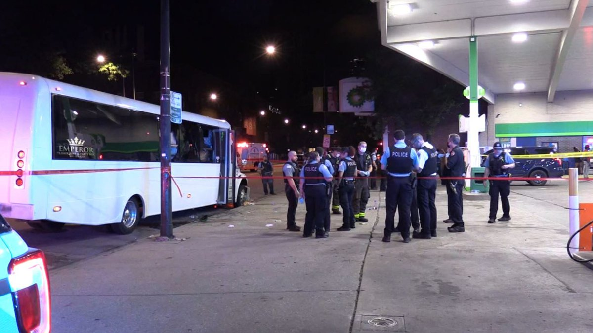 Drive-by Shooting in Chicago Injures Eight People on Party Bus