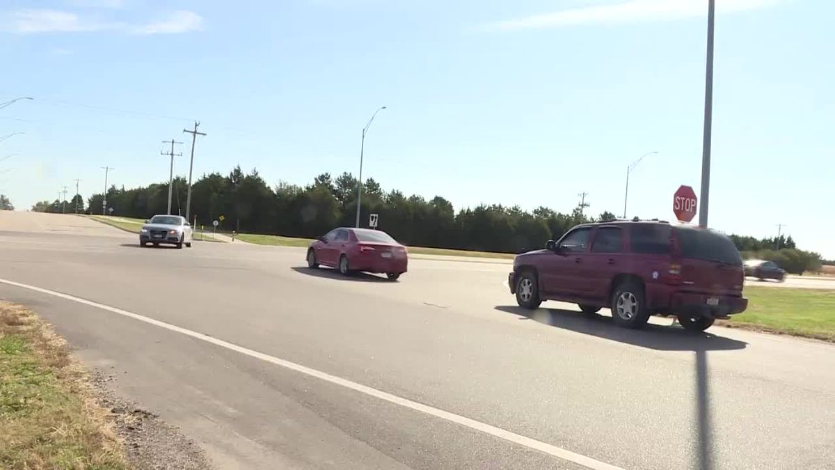 There will now be a reduced speed before the intersection of Highway 281 and Lochland Road to help with traffic flow and improve safety. (Source: Kelsey Dickeson, KSNB)