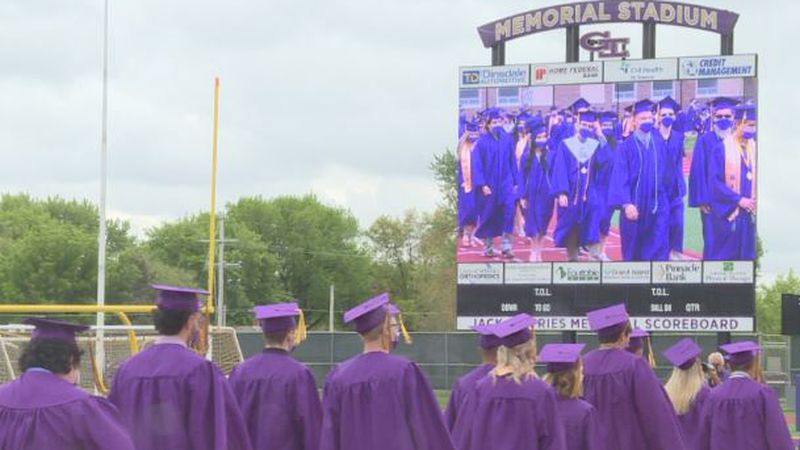 564 Grand Island Senior High students graduated on Sunday.
