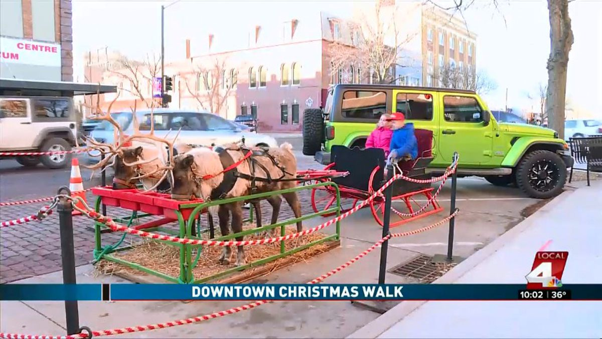 Kearney Christmas Walk 2020 Community celebrates tradition of Kearney Downtown Christmas Walk