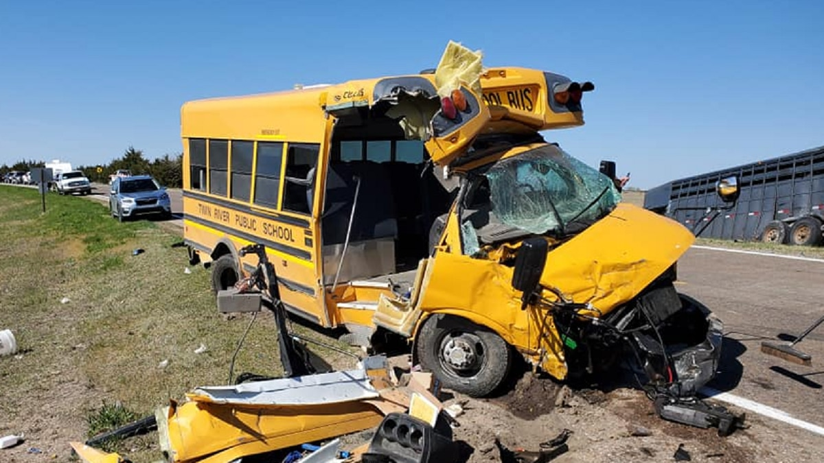 A school bus driver and pickup driver were both injured in accident.