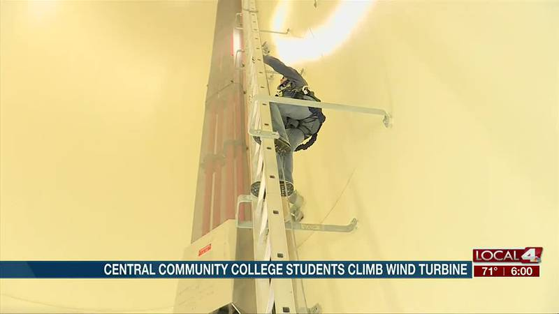 Central Community College energy technology students climb 400-foot wind turbine